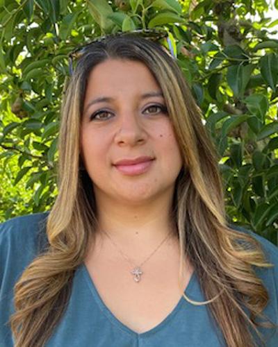Suzie Villanueva, Sales